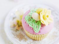 Iced Almond Easter Cakes recipe