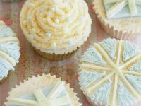 Iced and Buttercream Cakes recipe