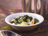 Indian Style Spinach with Paneer recipe
