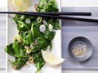Japanese-Style Spinach Salad with Sesame recipe