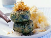 Kale Patties with Roasted Onions