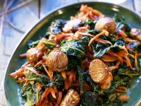 Kale with Chestnuts