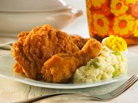 Kentucky-style Chicken with Potatoes recipe