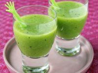 Kiwi and Pineapple Cooler recipe
