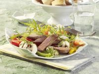 Lamb Fillet with Papaya and Mushroom Salad recipe