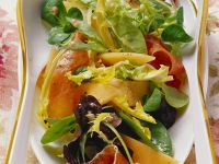Leaf Salad with Melon and Smoked Ham recipe
