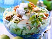 Leek and Apple Salad with Blue Cheese and Walnuts recipe