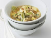 Leek and Potato Soup with Chicken, Bacon and Mushrooms recipe