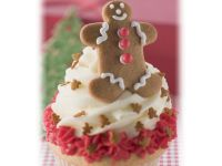 Lemon Almond Cupcakes with Cream Cheese Frosting and Gingerbread Men recipe