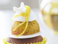 Lemon and Poppy Seed Wedding Cupcakes recipe