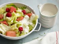 Lettuce and Fruit Salad with Yogurt Dressing recipe