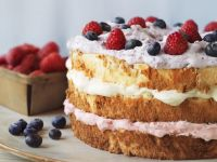 Light Sponge Gateau with Fruit recipe