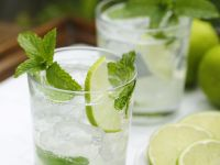 Lime and Rum Cocktail recipe