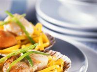 Linguine with Sauteed Scallops recipe
