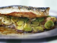 Mackerel Fillets with Leek recipe