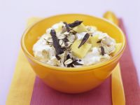 Mango Curd with Chocolate and Oats recipe