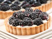Mascarpone Cream Tart with Blackberries recipe