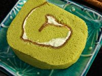 Matcha Roulade with Buttercream Filling recipe
