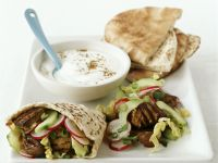 Meat-filled Pitta Sandwiches