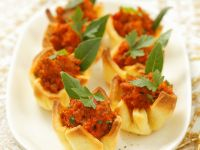 Meat Sauce in Pastry Cups recipe