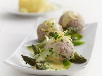 Meatballs with Asparagus and Lemon Sauce recipe