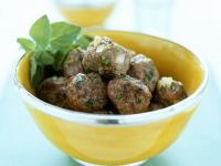 Meatballs with Yoghurt Dip recipe