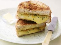 Melted Cheddar Sandwich recipe