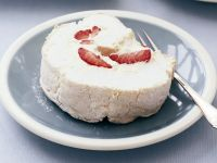 Meringue Roulade with Strawberries recipe