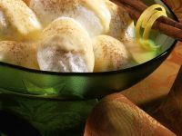 Meringue Snowballs with Custard recipe
