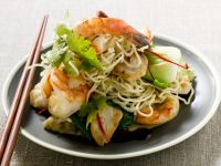 Mie Goreng with Chicken and Shrimp recipe