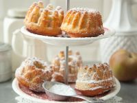 Mini Bundt Cake with Apple and Almond recipe