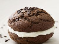 Mini Choc and Vanilla Pies recipe