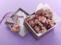 Mini Crumble Cakes with Cherries (without Eggs)