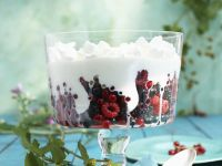 Mixed Berry and Yogurt Cream Trifle recipe