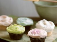 Mixed Cupcakes with Icing recipe