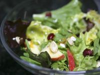 Mixed Green Salad with Apples and Pumpkin Seeds recipe