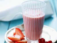 Mixed Red Berry Drink recipe