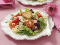 Mixed Salad with Cherry Tomatoes, Chicken and Crouton Hearts recipe