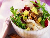 Mixed Salad with Oats, Radicchio and Avocado recipe