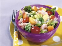 Mixed Salad with Shrimp and Yogurt Vinaigrette recipe