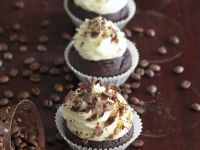 Mocha Cupcakes with Whipped Cream recipe