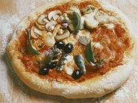 Mushroom and Olive Pizza recipe
