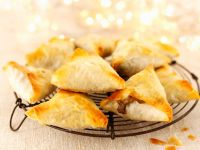 Mushroom, Herb and Parmesan Filo Triangles recipe