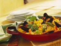 Mussel, Pepper and Saffron Paella recipe