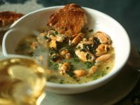 Mussel Soup with White Wine and Parsley