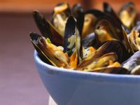 Mussels with Beer Sabayon recipe
