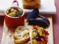 Mussels with Sun-dried Tomatoes and Olives recipe