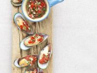 Mussels with Tomato Salsa recipe
