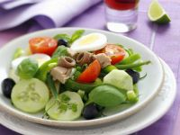 Nicoise Salad with Tuna, Anchovies and Green Beans recipe