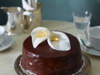 Nut Cake with Chocolate Glaze recipe